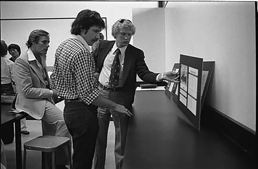 Paul Hauge and guests viewing student work. 1975. Photo: Alice Hall